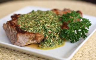 8 рецептов домашнего приготовления легендарного Аргентинского соуса Чимичурри