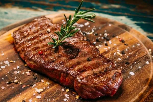 Мясо с адыгейской солью